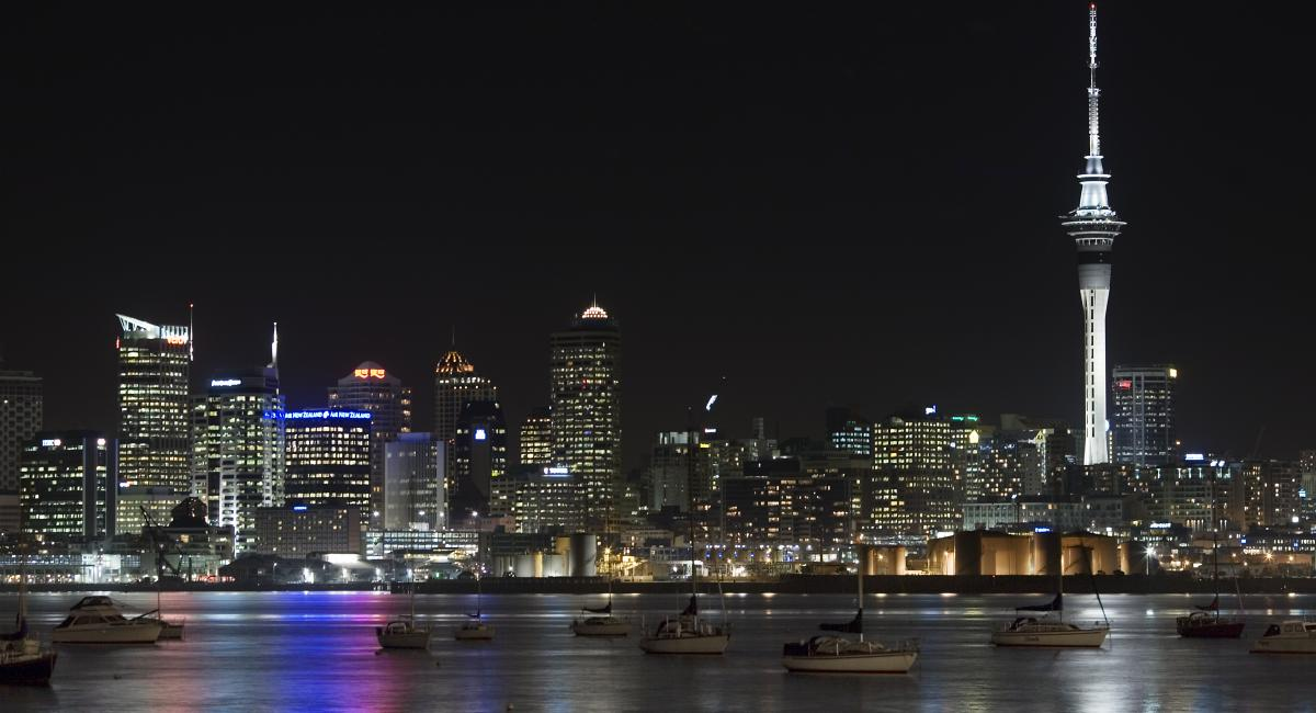 A night view of Auckland city